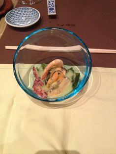 Sunomono - Ensalada del Chef. Increible la textura de la salsa de cítricos
