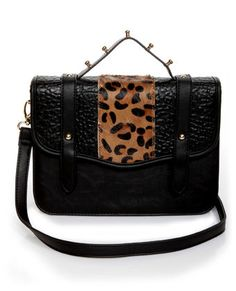 #LuLusWildWeek  This bag reminds me of something my aunt would wear. It's so funny they have this because I swear I've seen her with something super similar to it.