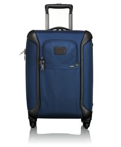True to Tumi's heritage of innovation and the future of advanced travel design, this lightweight 4-wheel case combines hardside protection with our modern, iconic ballistic nylon aesthetics.