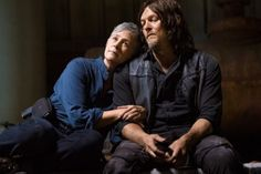 Every Image From 'The Walking Dead' Season 9 Premiere - Fan Fest Walking Dead Season 8, The Walking Dead 2, Dead Pictures, Dead Pics, Daryl And Carol, Twd Memes, Melissa Mcbride, Daryl Dixon, Norman Reedus