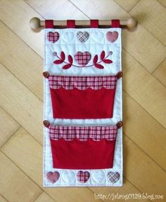 Varrogató – About Home Decor Sewing Crafts, Sewing Projects, Projects To Try, Diy And Crafts, Paper Crafts, Sewing Baskets, Mini Quilts, Applique Designs, Handmade