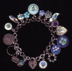 "forget me not charms forget me not charms bracelet (from ""pandi-panda"" :-)) - GORGEOUS ! Vintage Charm Bracelet, Charm Jewelry, Vintage Jewelry, Fine Jewelry, Silver Bracelets, Silver Earrings, Jewelry Bracelets, Silver Ring, Bangles"