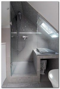 Check Out 43 Useful Attic Bathroom Design Ideas. Attic spaces are considered to be difficult to decorate due to the roofs of various shapes. Attic Shower, Small Attic Bathroom, Loft Bathroom, Upstairs Bathrooms, Loft Ensuite, Sloped Ceiling Bathroom, Shower Seat, Shower Bathroom, Bathroom Ceilings
