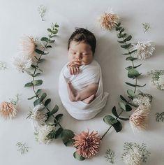 Foto Newborn, Newborn Baby Photos, Baby Girl Photos, Newborn Poses, Newborn Shoot, Cute Baby Pictures, Newborn Pictures, Baby Girl Newborn, Newborns