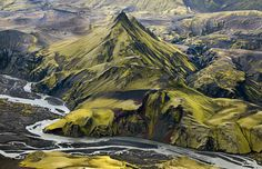 Why leave planet earth to visit alien worlds when you have Skaftá River in Iceland?