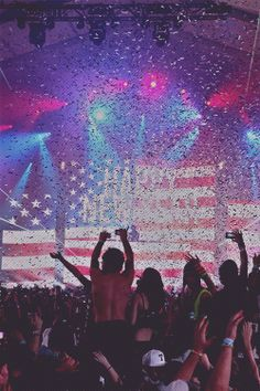 R A V E Young Wild Free, Wild And Free, Lollapalooza, Dubstep, Coachella, Trance, Festivals, Rave Festival, We Are Young