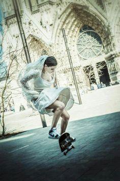rogerblaisz - 0 results for longboard Parkour, Estilo Hip Hop, Skate Girl, Dc Skate, Poses References, Skateboard Girl, Skateboard Wedding, Longboarding, Skateboards
