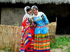 Iranian girls in traditional dress of Gilak - Iranian clothing - Traditional Iranian Gilaki