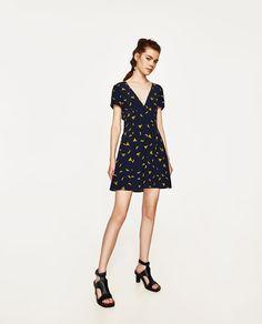 Immagine 1 di VESTITO STAMPA BANANE di Zara