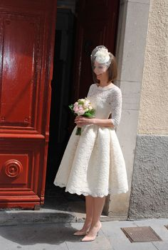 Short wedding dress Wedding (Clothing) #wedding #weddingideas #weddingdress #Ho ... Courthouse Wedding Dress, Civil Wedding Dresses, Wedding Gowns, 50s Dresses, Mermaid Dresses, Short Dresses, Tea Length Wedding Dress, Dream Dress, Marie