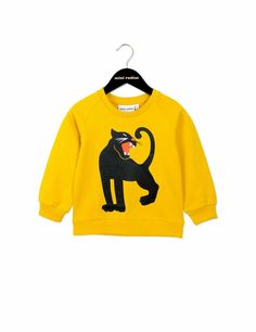 Yellow sweatshirt with Mini Rodini's classic panther in black at front. The sweatshirt has soft rib cuffs at sleeve endings and bottom.