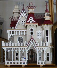 Fantasy Villa in scale Haunted Dollhouse, Dollhouse Kits, Victorian Dollhouse, Dollhouse Miniatures, Miniature Crafts, Miniature Houses, Miniature Dolls, Miniture Dollhouse, Wooden Dollhouse