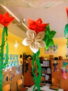 Republic Day Decoration in office and schools. Book Republic day decoration packages in Bangalore starting at Happy Independence Day Images, Independence Day Theme, Independence Day Activities, 15 August Independence Day, Independence Day Decoration, Diy And Crafts, Crafts For Kids, Arts And Crafts, Paper Crafts