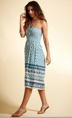 Want a stylish dress that's light, stylish and easy to throw on? Look no further...it's here!