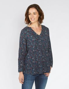 Whether it's a casual tee you're looking for or a pretty lace top, freshen up your wardrobe with the FatFace women's tops and t-shirts. Fat Face, Tees, Shirts, Tunic Tops, Clothes For Women, Blouse, Model, Stuff To Buy, Shopping