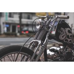 most of these photos do not belong to me. they are photos i have collected from the internet. if there is a copyright infringement please notify me and provide proof and the photo will be removed immediately. Custom Motorcycles, Cars And Motorcycles, Hd Sportster, Bobber Bikes, Harley Davidson Chopper, 50cc, Big Bear, Golf Bags, Old School