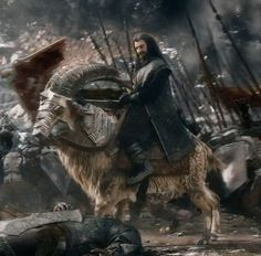 Thorin majestically ride his battle steed....ram...you kan see the second dwarf army behind him. What do you think?