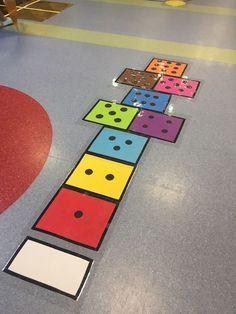Your bouncy game is now to color with # Is adanabahçeşeh en la sala de la escuela Kindergarten Games, Math Games, Learning Activities, Preschool Activities, Playground Painting, Touch Math, Maths Area, School Murals, Hopscotch