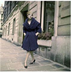 Model Bronwen Pugh wearing Balmain, Paris, 1958. hat