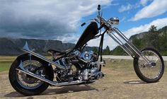 1950 Harley David on Chopper Submitted by Mr Scratch Harley Davidson Panhead, Harley Davidson Custom Bike, Classic Harley Davidson, Harley Davidson Street, Vintage Motorcycles, Custom Motorcycles, Custom Bikes, Old School Chopper, Custom Choppers