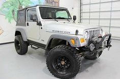 2005 JEEP WRANGLER RUBICON, ONLY 32K MI, STICK, LIFTED, BIG TIRES, WINCH,
