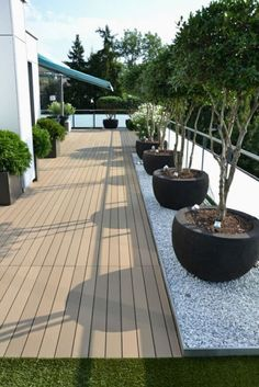 54 Bilder mit Pflanzen für die Dachterrasse – Garten 54 pictures with plants for the roof terrace, # pictures # roof terrace # plants Backyard Garden Landscape, Rooftop Garden, Backyard Patio, Backyard Landscaping, Landscaping Ideas, Backyard Ideas, Balcony Ideas, Garden Path, Conservatory Ideas