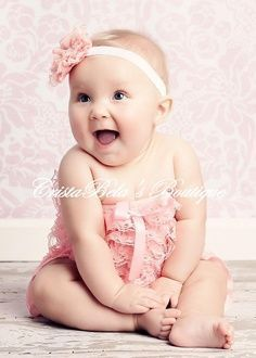SALE Baby pink Lace Petti Romper Oh this baby is adorable! 6 Month Baby Picture Ideas, Baby Girl Pictures, Infant Pictures, Little Babies, Cute Babies, Baby Kids, Children Photography, Newborn Photography, Petti Romper