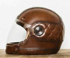 #helmet #cascos #motorcycles | www.caferacerpasion.com