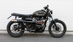 The British manufacturer, Triumph Motorcycle, introduced the latest addition to their scrambler motorbike lineup. Triumph presents the Scrambler 1200 with this Triumph Scrambler Custom, Blitz Motorcycles, Triumph Street Scrambler, Triumph Motorbikes, Triumph Street Twin, Triumph Cafe Racer, Cafe Racer Motorcycle, Motorcycle Design, Triumph Motorcycles