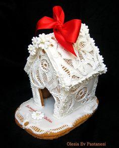gingerbread house wedding