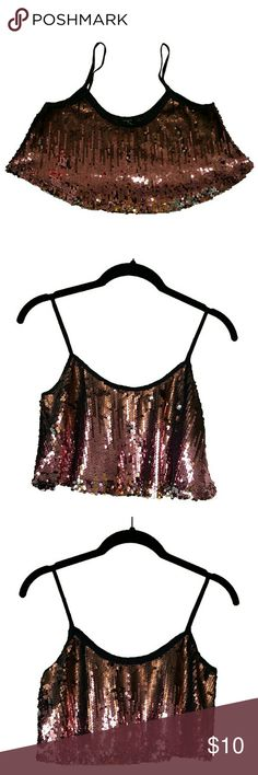 Forever 21 Sequined Crop Top Forever 21 Sequined Crop Top. Size S. Only worn once. This sequined crop top is perfect for a night out! Goes great with liquid leggings and heels! Forever 21 Tops Crop Tops