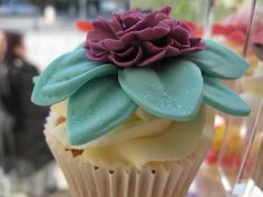 Candy Cupcake, 92 Marchmont Crescent, Edinburgh, EH9 1HD  www.candycupcake.co.uk  elaine@candycupcake.co.uk  0131 446 0907  https://www.facebook.com/CandyCupcakeEdinburgh