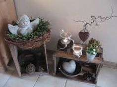 weihnachten outfit Im Flur.he - weihnachten Crate Crafts, Christmas Crafts, Christmas Decorations, Neue Outfits, Holiday Centerpieces, Garden Photos, Crafts To Do, Crates, Woodworking Projects