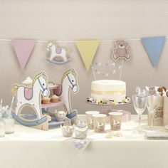 Party Supplies Rock-A-Bye Baby Teddy & Rocking Horse Wall Bunting - Christening / Baby Party & Garden Shower Party, Baby Shower Parties, Baby Shower Themes, Shower Ideas, 1st Birthday Party Decorations, 1st Birthday Parties, Party Bunting, Birthday Table, Table Decorations