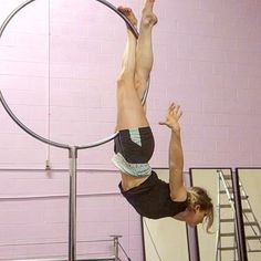 New pose worked out on the with 💜 Lyra Aerial, Aerial Acrobatics, Aerial Dance, Aerial Hoop, Aerial Arts, Aerial Silks, Pole Dance, Contortion, Pole Fitness