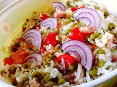 Reteta Salata de orez cu ton si mazare - Salate Cobb Salad, Food, Salads, Essen, Yemek, Eten, Meals