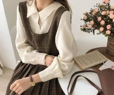 Aesthetic Fashion, Look Fashion, Aesthetic Clothes, Korean Fashion, Fashion Outfits, Aesthetic Outfit, Fashion 2020, Fashion Shirts, Modest Fashion