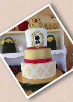 Wow beautiful Snow White Cake Snow White Cake blanca nieves cake torta tarta idea dwarfs enanos manzana apple