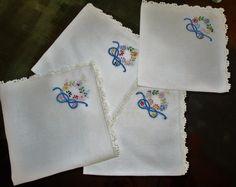 Vintage Linen Napkins Delicate Lace Border by VintageLinenGallery
