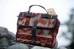 Kilim Messenger Bag #kilim #kilimbag #messengerbag #bohochicstyle #boriyabasta #bohemian #handicraft