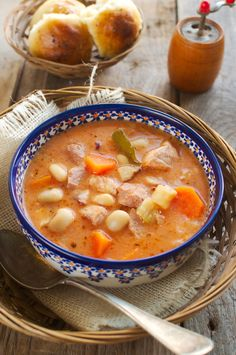 Soup Recipes, Healthy Recipes, Goulash, Polish Recipes, Chana Masala, Soups And Stews, Bon Appetit, Cheeseburger Chowder, Good Food