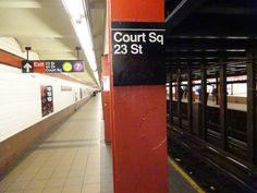 Court Square-23rd Street column sign
