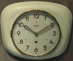 Valmet Finland, vintage keittiön seinäkello Tom Of Finland, Old Ads, Childhood Memories, Retro Vintage, Nostalgia, Old Things, Clocks, Design, Historia