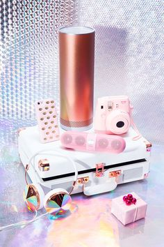 #holidaygifts #tech #nastygal