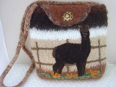 Felted wool bag Felt Bags, Felt Purse, Wool Art, Felted Wool, Craft Items, Felt Crafts, Felting, Fun Stuff, Camel