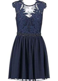 À vendre sur #vintedfrance ! http://www.vinted.fr/mode-femmes/robes-de-soirees-and-cocktails/24194560-robe-cocktail-xl-lipsy-comme-neuve