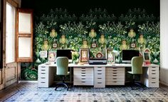 Wallpaper-brings-color-and-intrigue-to-the-eclectic-home-office