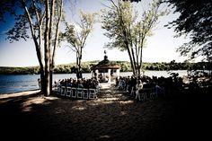 Beautiful lakeside wedding venue. Deerhurst Resort, Muskoka, ON.    PhotgraphybyStacey.ca
