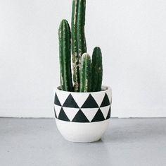 Aztec Planter Charcoal by Pop + Scott – Shoppe by Amber Interiors Pop And Scott, Aztec Decor, Pot Plante, House Plants Decor, Amber Interiors, Painted Pots, Hand Painted, Aztec Designs, Cozy House