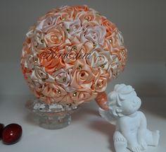 Персиковый букет невесты из атласных лент в  трехцветной гамме. Купить или заказать букет невесты можно в Нарве. Доставка по всей Эстонии Информация: + 372 53 815 356